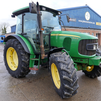 JD 5100M Tractor (1)