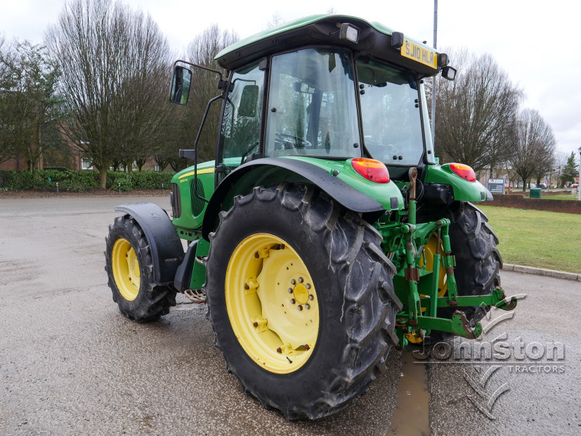 JD 5100M Tractor (10)