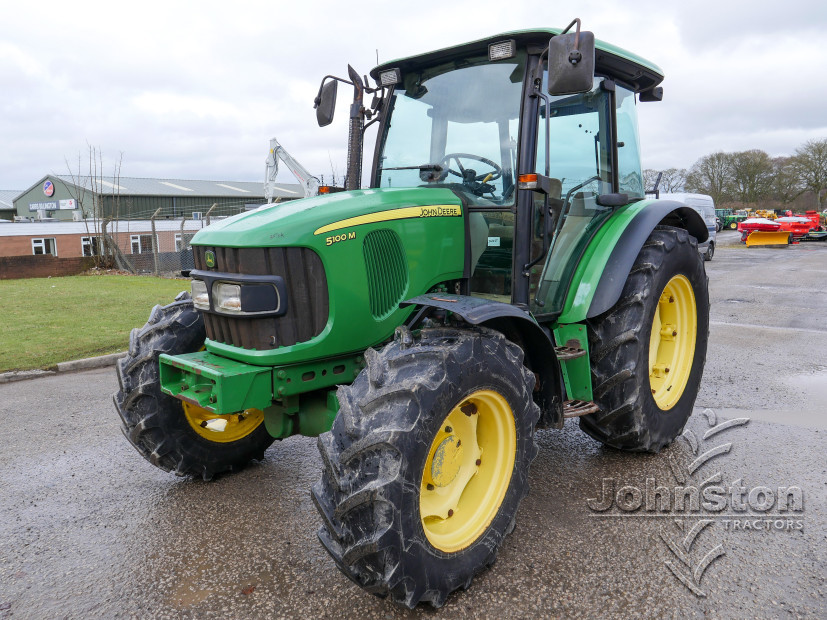 JD 5100M Tractor (3)